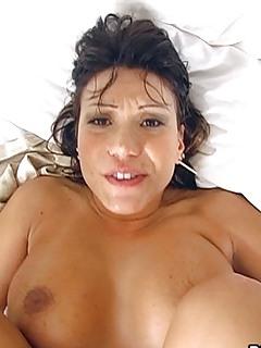 MILF Girlfriend Pics